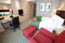 Sukhumvit 12 Bangkok Hotel & S